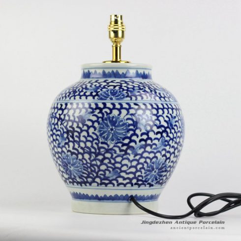 DS78-RYLU88_China blue and white countryside type round ceramic desk lamp