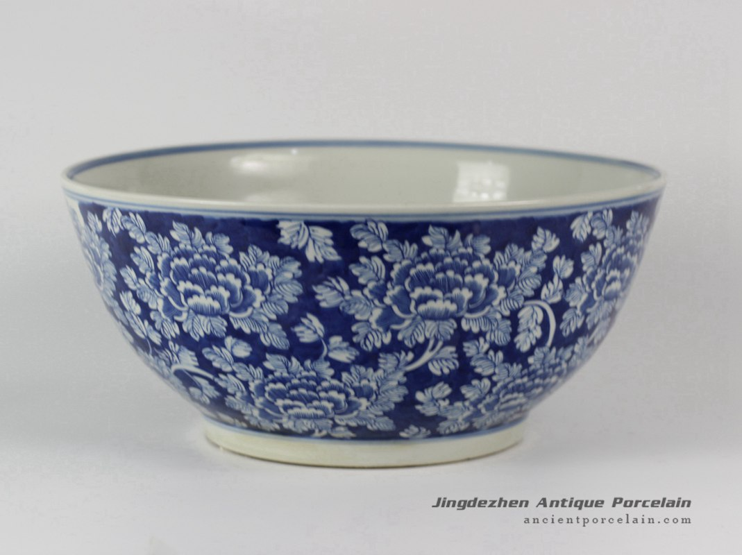 RYLU31_Hand painted White Blue Floral design Porcelain Fishbowls