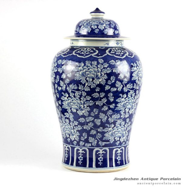 RYLU47-SMALL_Blue and white floral pattern chinese blue and white ginger jar