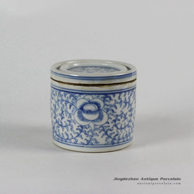 RYLU50-B_Blue and White Ceramic Pots