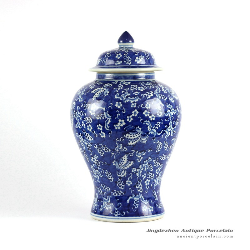 RYLU77-A_Hand painted blue and white porcelain collectible cookie jar