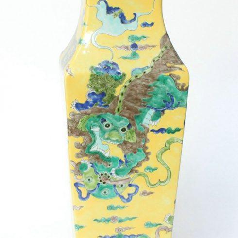RYQQ33_17inch Hand painted Square Lion design Ceramic Vase