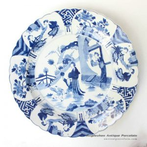 RYQQ44_Blue and white hand painted Chinese ancient ladies pattern ceramic dish