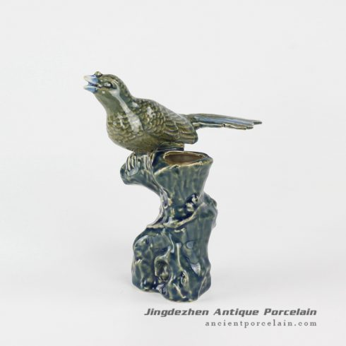 RYXP35_ceramic twittering bird sculpture