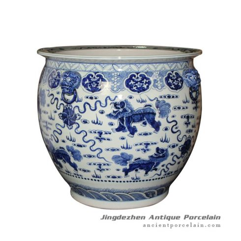 RZFH09_Blue and white hand paint Chinese lions play with silk balls pattern fancy large ceramic outdoor fish bowl