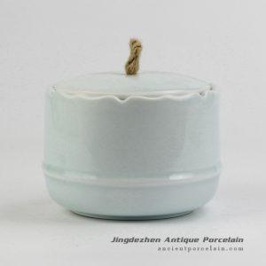 RZIV05_Hemp cord lid celadon glaze porcelain tea jar