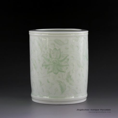 14AA34_Jingdezhen celadon hand carved brush holder