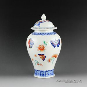 14AS101_Jingdezhen Qing dynasty reproduction Porcelain Ginger Jar butterfly design
