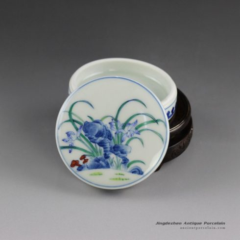 14AS141_Qing dynasty reproduction Jingdezhen blue and white floral Porcelain inkpad box