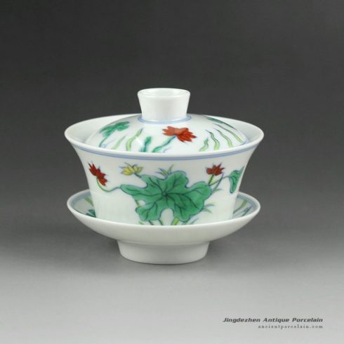 14YM05_Jingdezhen hand made porcelain Gaiwan, blue white doucai flower design