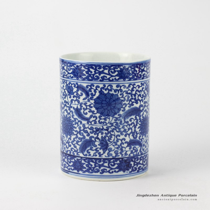 RYCI35_Hand paint blue and white ceramic pen holder in cheap internet price