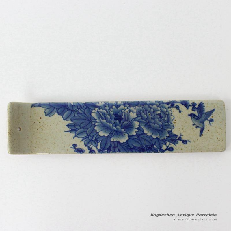 RYEJ18-C_New design blue and white peony bird mark bar shape pottery burner