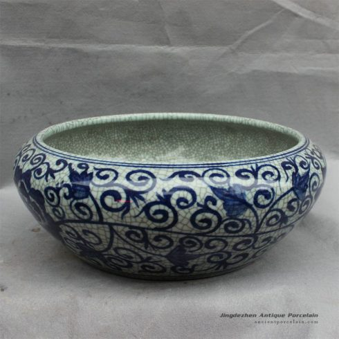 RYHD28_ Chinese blue white fish bowl