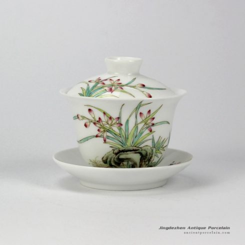 RYNY24-A_Hand Painted flower pattern Famille rose Tea Gaiwan