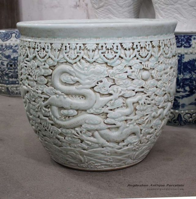 RYOM14_Engraved China fair tale dragon design propitious wish large porcelain pot