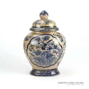 RYUV05-OLD_Crackled ground glazed bird flower pattern blue and white ceramic chinese ginger jar