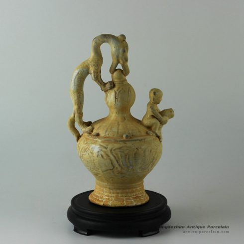RYVo08_Jingdezhen reproduction ceramic statue