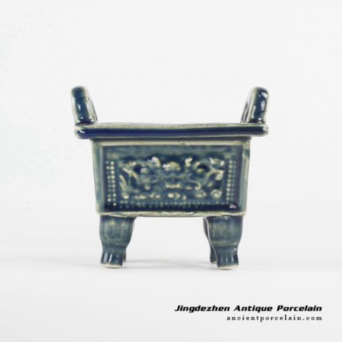 RYXP34-B_Small Chinese ancient cooking vessel with loop handles and four legs design ceramic quadripod