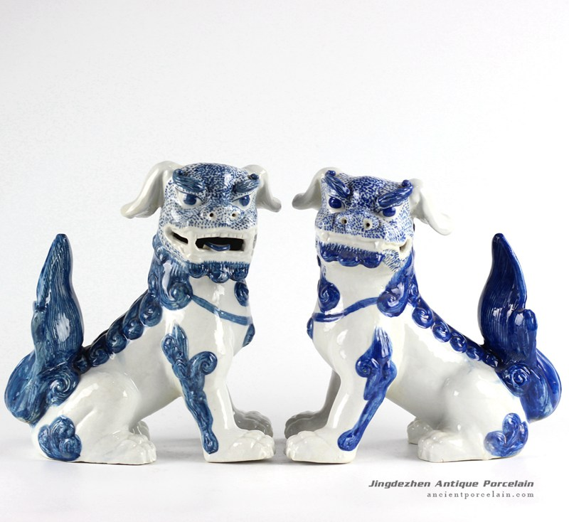RYXZ10_Pair of Chinese mythology ceramic dog statues in cobalt blue color