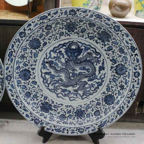 RZBD06_15.7″ hand painted blue white porcelain dragon plate