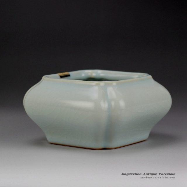 RZDV18_Square shape Ru kiln reproduction ceramic ash tray