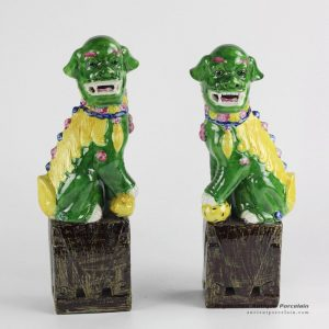 RZGB03_Online international trade and commerce glossy finish green and yellow color Jingdezhen ornament porcelain foo dog book end