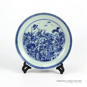 RZHG04-D_Hand painted blue and white lotus pair duck pattern handcrafted ceramic display ware