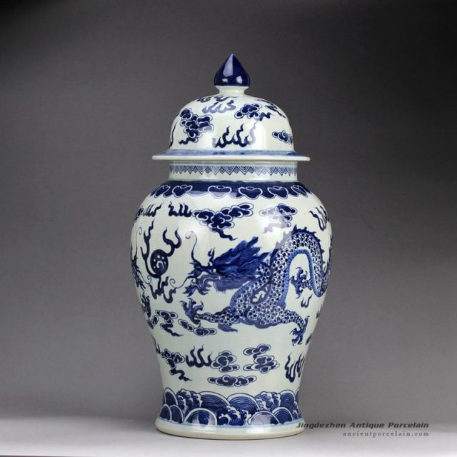 RZHM01-A_Hand paint blue and white fire dragon wholesale ceramic ginger jar