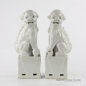 RZKC17 new arrival white glaze sitting pair foo dog ceramic figurine