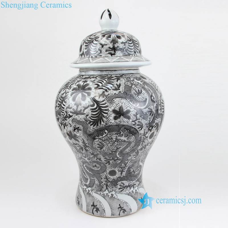 black dragon vase