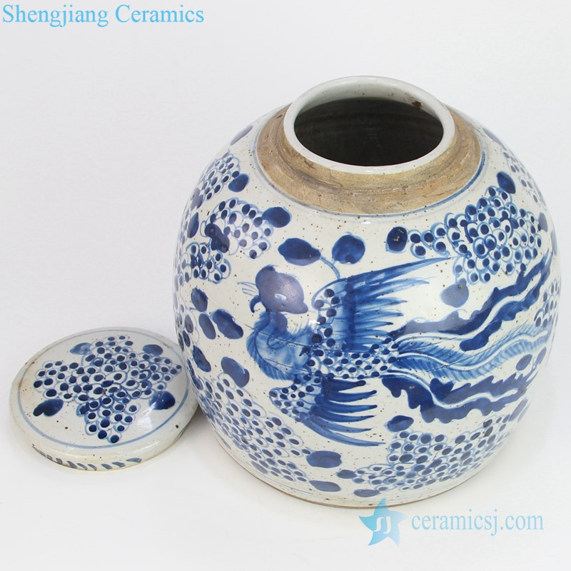 Chinese blue and white teapot with lid bottle view