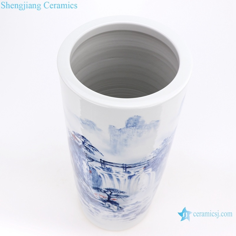 Traditional freehand blue and white jingdezhen ceramics