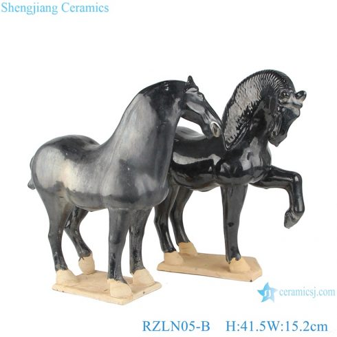 RZLN05-B Handmade ceramic horses figurine with 2 colors for home decoration